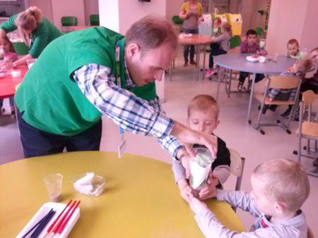 Grupa 3-latków - Misie - na warsztatach w Młynie Wiedzy